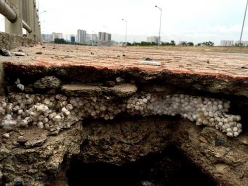 Cây cầu được làm bằng bê tông cốt xốp và cát tại Hà Nội - cau be tong cot xop
