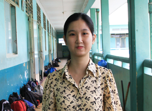 hanh-trinh-18-nam-den-truong-cua-cha-con-thi-sinh-bi-cam-diec-1