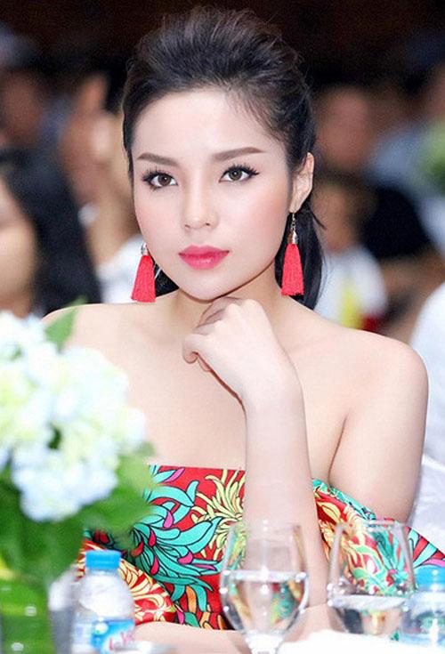 Hoa hậu Kỳ Duyên trang điểm đẹp