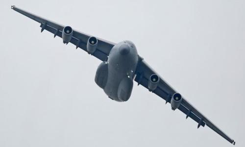 Phi cơ vận tải chiến lược Y-20 do Trung Quốc tự sản xuất. Ảnh: Reuters.