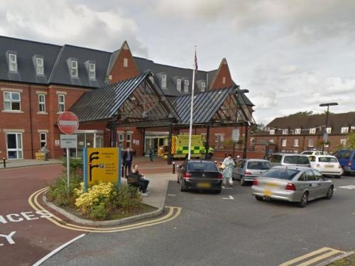 Bệnh viện Royal