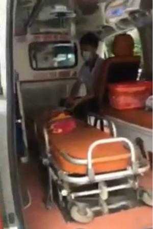 Xuất hiện video mới vụ bảo vệ bệnh viện Nhi chặn xe cấp cứu chở em bé sắp chết - bảo vệ bệnh viện Nhi