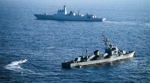 Tàu quân sự Trung Quốc tại Biển Đông hồi tháng 5. Ảnh: AFP.