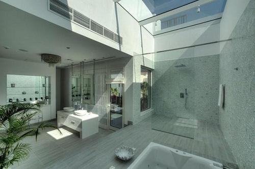 Chỉ là nhà vệ sinh thôi - chỉ có ở Dubai, Dubai