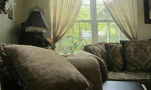 Tại sao gia chủ gấp rút bán nhà sau khi xem bức ảnh này?