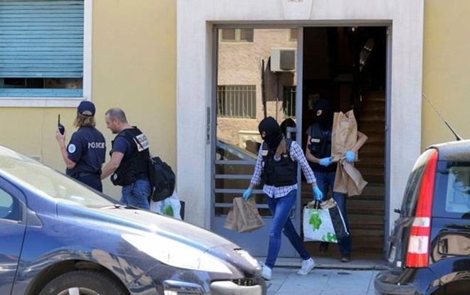 Bên trong căn hộ của nghi phạm thảm sát bằng xe tải ở Pháp