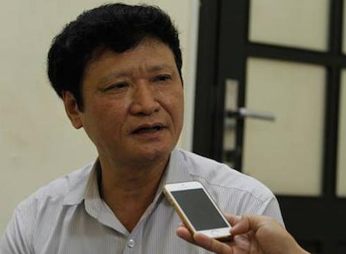 nguyen-bo-truong-vu-huy-hoang-ky-to-trinh-phong-anh-hung-lao-dong-cho-pvc