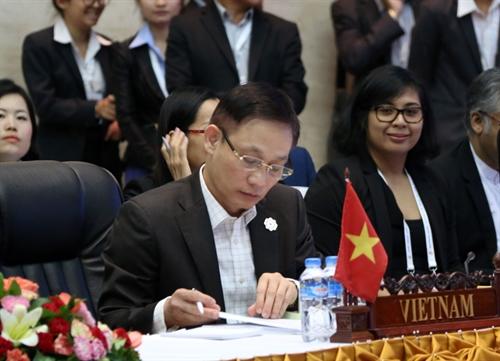 Trưởng SOM Việt Nam Thứ trưởng Ngoại giao Lê Hoài Trung tại Hội nghị. Ảnh: Vietnam+