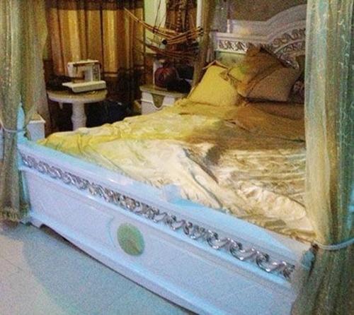 Ông trùm ma túy Tàng Keangnam mua giường bằng gỗ sưa giá 500 triệu - tang keangnam