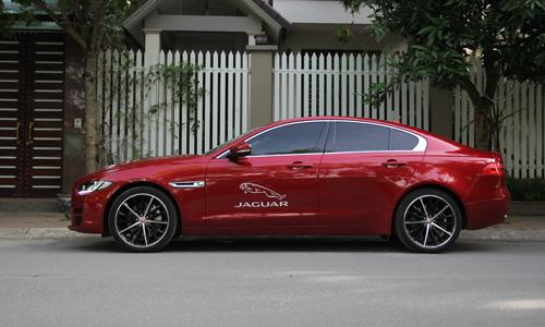 jaguar-xe-xe-la-anh-quoc-cho-khach-hang-viet
