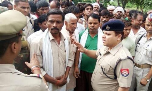 Nghi phạm bị cảnh sát Ấn Độ bắt giữ. Ảnh Nanacoker