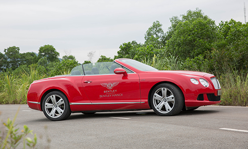 bentley-continental-gtc-xe-sang-cho-dai-gia-thich-toc-do-page-2-2