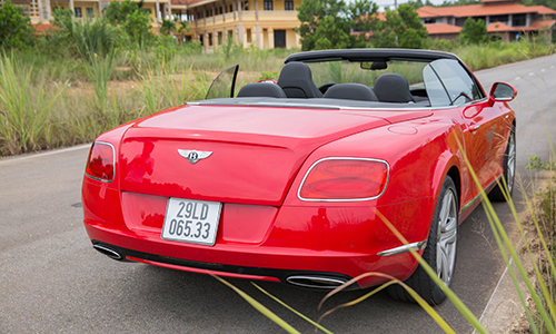 bentley-continental-gtc-xe-sang-cho-dai-gia-thich-toc-do-page-2-8