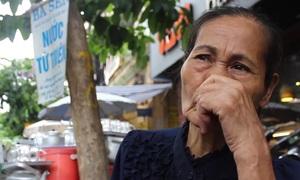 Nỗi buồn của người phụ nữ mở quán nước từ thiện