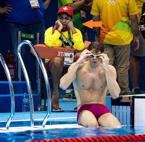 Cảm xúc của nhân viên cứu hộ hồ bơi tại Olympic Rio 2016 - ảnh hài hot nhất Facebook trong ngày, 10 ảnh hot Facebook