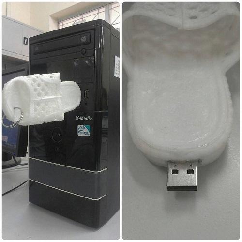 USB mẫu mã thuần Việt - ảnh hài hot nhất Facebook, 10 ảnh hot Facebook