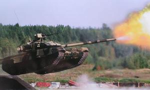 Quân đội Anh thừa nhận dễ dàng bị Nga đánh bại