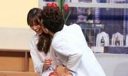 Hari Won hôn Trấn Thành giữa đêm khuya nóng trên mạng XH