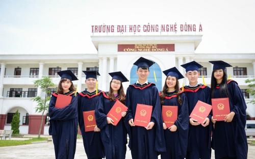 dai-hoc-cong-nghe-dong-a-tuyen-1800-chi-tieu