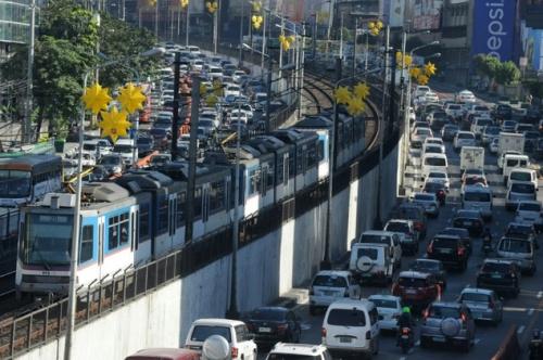 Dự án nhằm giảm ách tắc giao thông kinh niên ở Manila. Ảnh minh hoạ: AFP