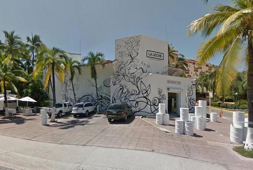 Vụ bắt cóc xảy ra tại nhà hàngLa Leche nằm ở đại lộ chính của thành phố nghỉ dưỡng nổi tiếngPuerto Vallarta.