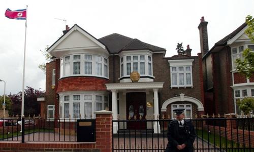 Đại sứ quán Triều Tiên tại London, Anh. Ảnh: Reuters.
