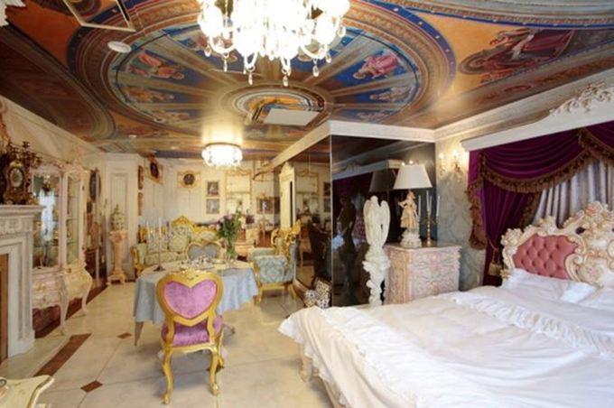 Phòng sản theo phong cách hoàng hậu đắt đỏ ở Nhật