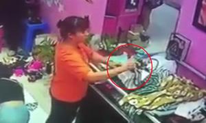 Nữ quái ba lần móc túi trộm 19 triệu đồng trong shop mỹ phẩm