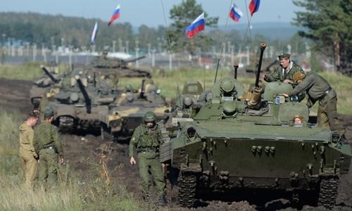 Binh sĩ Nga trong một cuộc tập trận năm 2013 ở vùng Chelyabinsk. Ảnh: RT.