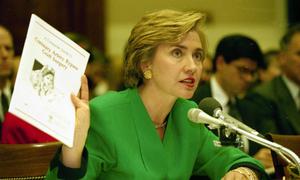Kế hoạch chết yểu làm thay đổi con người Hillary Clinton