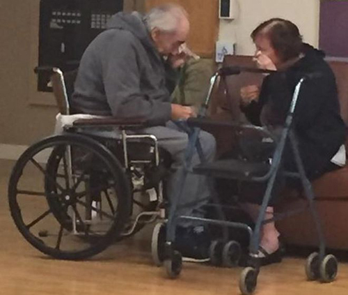 ÔngWolfram Gottschalk, 83 tuổi, và bàAnita