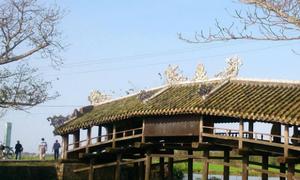 Hơn 13 tỷ đồng tu bổ cây cầu gỗ quý hiếm