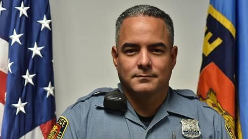 Sĩ quan cảnh sát Victor Ortiz. Ảnh: NJ Transit