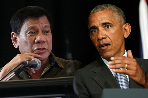 Tổng thống Philippines và người đồng cấp Mỹ. Ảnh: ABS-CBN
