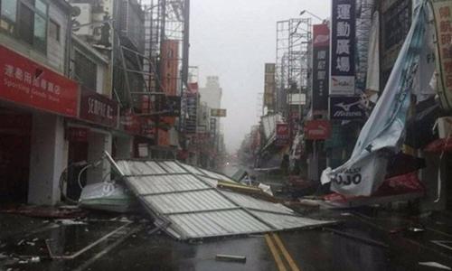 Bão Nepartak với sức gió 240 km/h đổ bộ Đài Loan hồi tháng 7. Ảnh: Shanghaiist