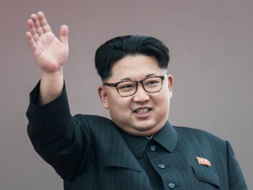 nghi-van-trieu-tien-bat-coc-sinh-vien-my-de-day-tieng-anh-cho-kim-jong-un-1