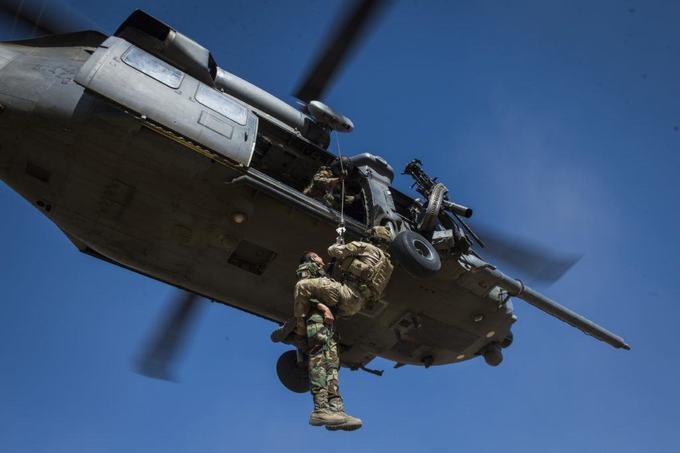Chiến dịch giải cứu phi công trên sa mạc của quân đội Mỹ