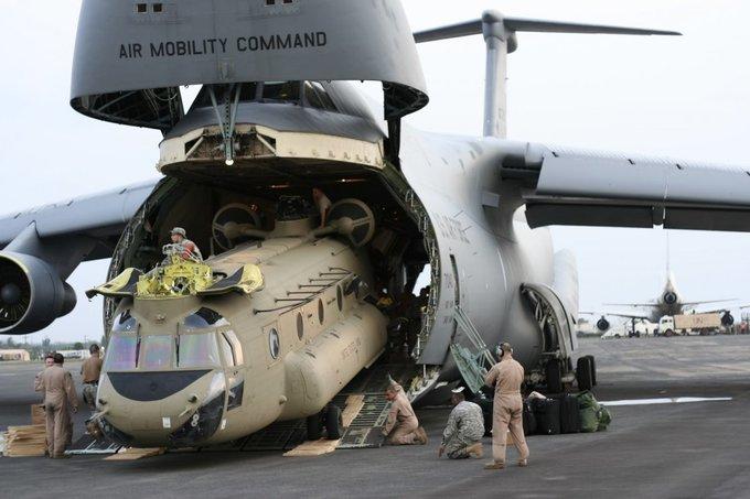 Chiếc vận tải cơ có thể nuốt trọn cường kích A-10 của Mỹ