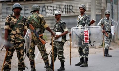 Quân đội Ấn Độ tại Kashmir bị khủng bố tấn công. Ảnh minh họa: Reuters.