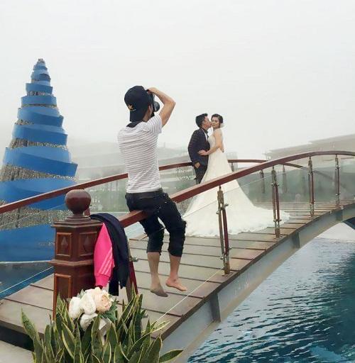 Khả năng giữ thăng bằng đỉnh cao của nhiếp ảnh gia.