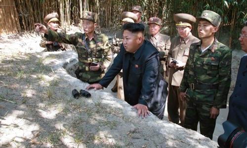 Ông Kim Jong-un đến thăm một đơn vị tiền tuyến của Triều Tiên hôm 16/7. Ảnh: CNN.
