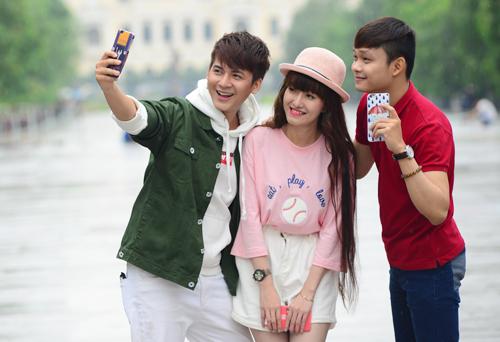 gay-selfie-da-chuc-nang-cua-oppo-8