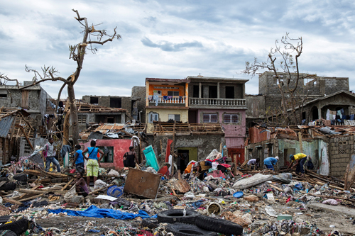 Clean up from Hurricane Matthew continues in Jeremie,Haiti, October 6, 2016. Picture taken October 6, 2016