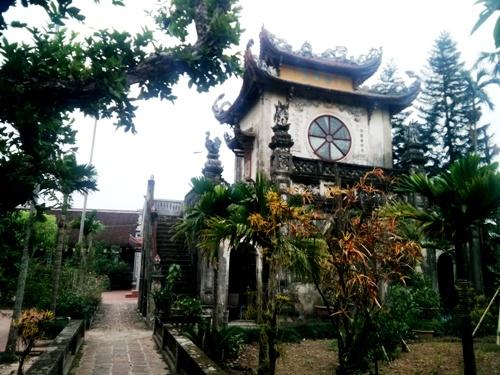 nguoi-dan-mong-som-tu-bo-tuong-phat-ba-nghin-tay-nghin-mat-1