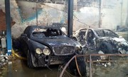 Xe Bentley chục tỷ cháy trơ khung trong gara ở Sài Gòn