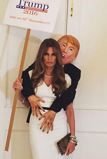 Jemima Khan cõng hình nộm ông Trump trên lưng và dường như ăn mặc giống bà Melania Trump tại tiệc Halloween của UNICEF ở London. Ảnh: Instagram