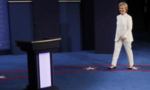 Hillary Clinton đến địa điểm tranh luận