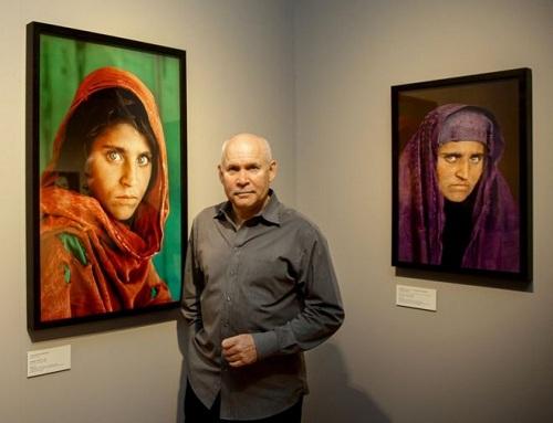 co-gai-afghanistan-trong-anh-bieu-tuong-bi-bat-vi-dung-giay-to-gia