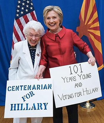 Bà Emmette vàứng viên tổng thốngHillary Clinton trong cuộc gặp đầu năm nay. Ảnh: Instagram
