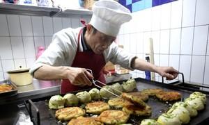 Tiệm bánh hành đắt khách nhất Thượng Hải